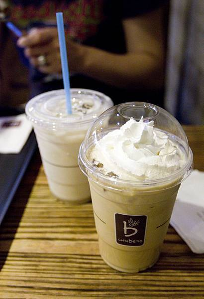 Caffe Bene台北忠孝店-6
