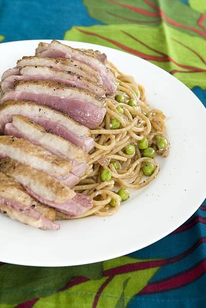 香煎鴨胸佐巴薩米可奶油醬義大利麵-1