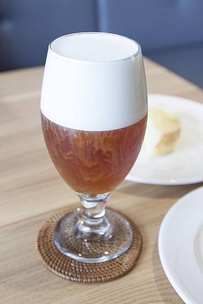 ISAAC CAFE - 12