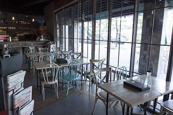 Sunny Cafe - 18