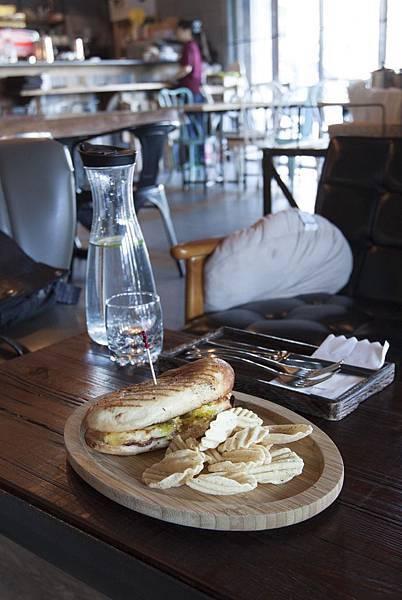 Sunny Cafe - 7