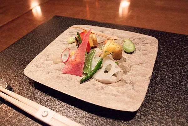 HOSHINOYA Meals - 49