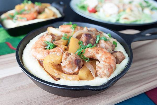 Shrimp and Grits by Me - 2.jpg
