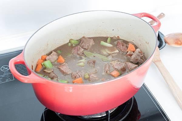 多香果風西式燉牛肉 - 4