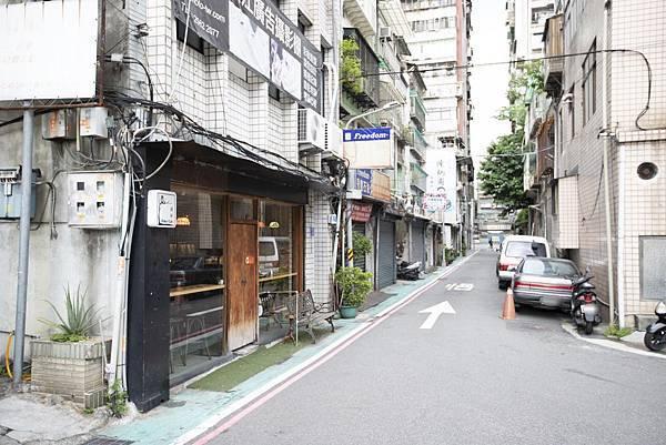 德佈 Debut Cafe (台北店) - 1
