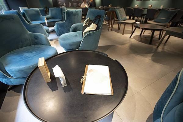 Darcis Cafe - 2.jpg