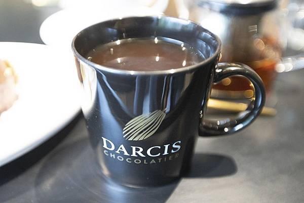 Darcis Cafe - 24.jpg