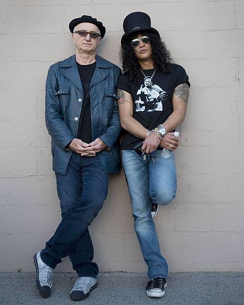 Robert_Knight_Slash