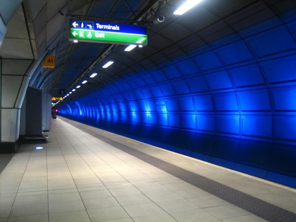 Heathrow 車站.jpg