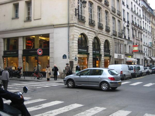 Longchamp總店 2.jpg