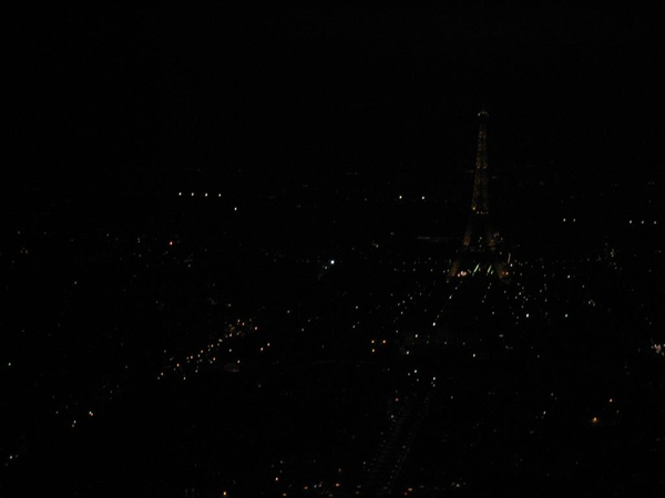 Paris in night 1.jpg