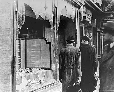 kristallnacht-night-of-broken-glass