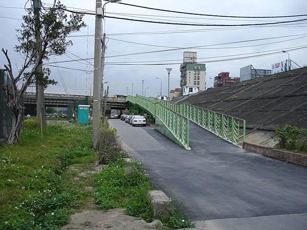 百齡橋自行車牽引道