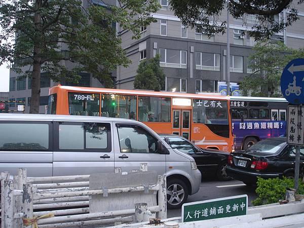 大有巴士新車-3