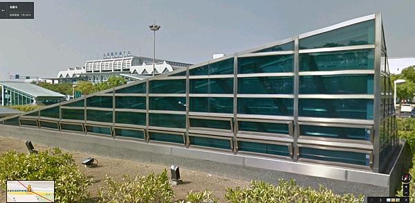 高雄國際機場站天窗