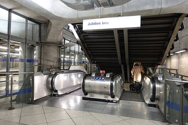倫敦地鐵電扶梯@Jubilee line