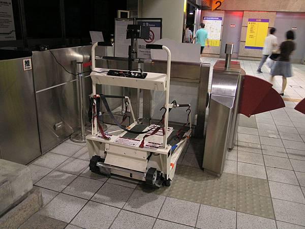 移動式輪椅爬梯機