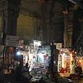 東塔門裡的商店