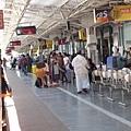 下火車,Kanyakumari因為是南下終點站,不會坐過頭