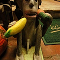 怪猴子...應該要叫鄰居給我這個,也可以當鎮團之寶~ 哈哈哈哈