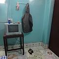 單人房並不小耶~~這樣的價錢還有獨立浴室+電視!!