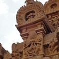 真的是非常精緻的雕刻! (塔門Gopuram左上)
