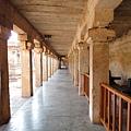 Lingam(林迦)廊