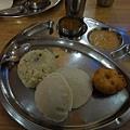團費總共Rs500, 還附早午二餐,這是吸引我的地方~