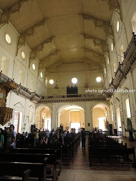 教堂內 (2)
