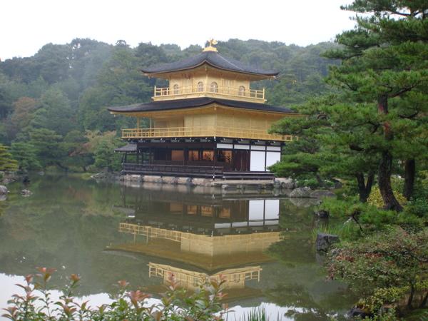 金閣寺不對外開放的,怕被遊客破壞