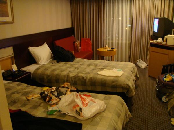 這房間共住了兩天