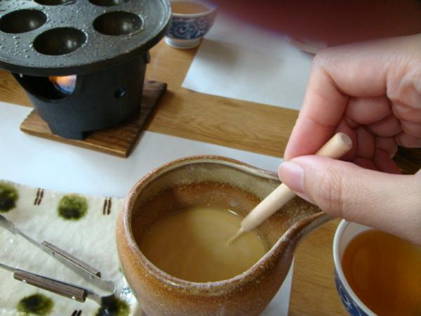 麵糰水要攪勻,這麵糰粉調的好好吃喔..^ ^..