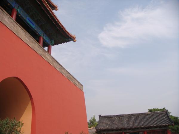 這樣的藍天,在北京很不容易見到,要珍惜~