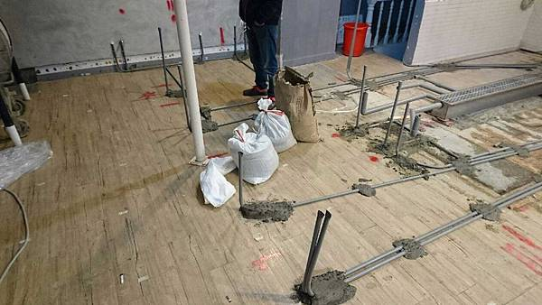 03-水電工程-咖啡店工程-咖啡店配電配管-咖啡店裝修.jpg