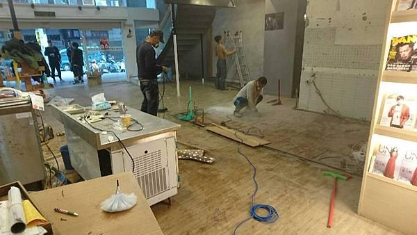 室內設計-住宅裝修-商業空間-泥作工程-廚房管線配置-咖啡吧檯.jpg