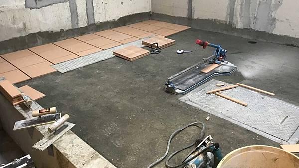 10_餐廚廚房裝潢_餐廳裝潢_餐廚地板墊高.jpg
