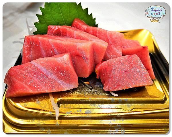 大阪黑門市場MAGUROYA黑銀生魚片022.jpg