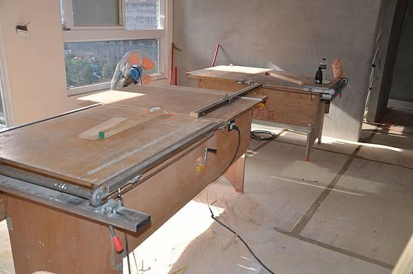 平釘天花板4-木工師傅吃飯的工具之鋸台