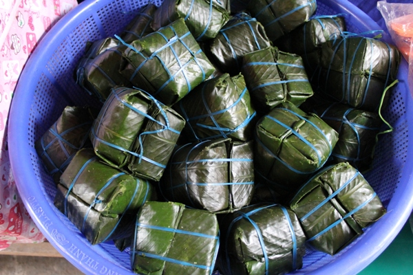廣治省兒童基金會送給達克隆孩童的粽子.jpg