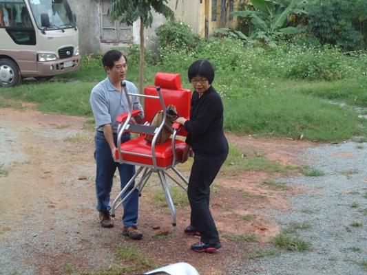 安排場地和準備義診用具等 (1)