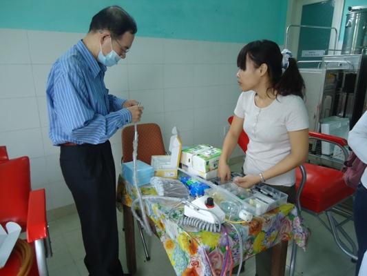 安排場地和準備義診用具等 (2)