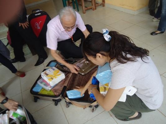 安排場地和準備義診用具等 (5)