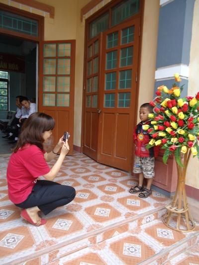 (3)收集孩童照片