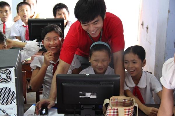 學生電腦教學.JPG