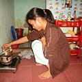 小瀛在房間里做飯 (1).jpg