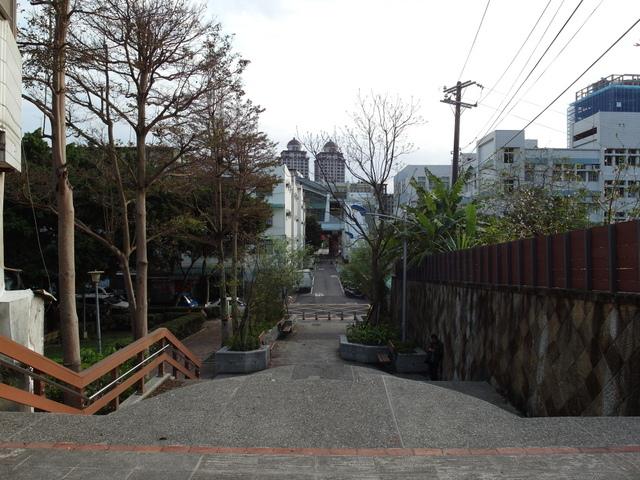 劍潭古寺 (31).JPG