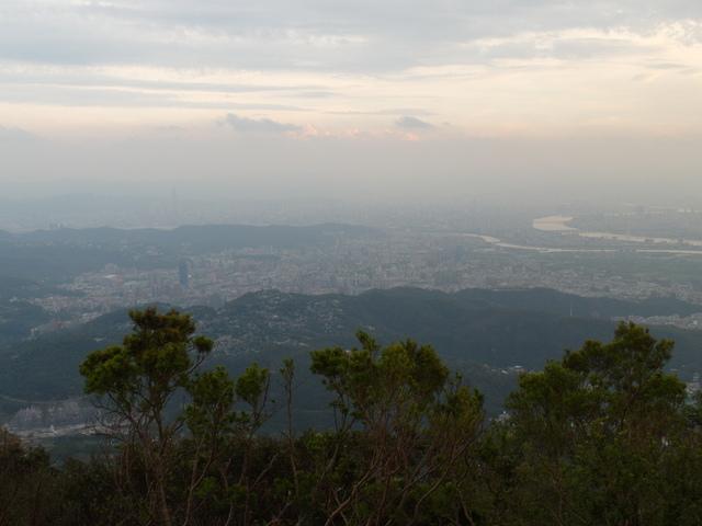 中正山 (237)
