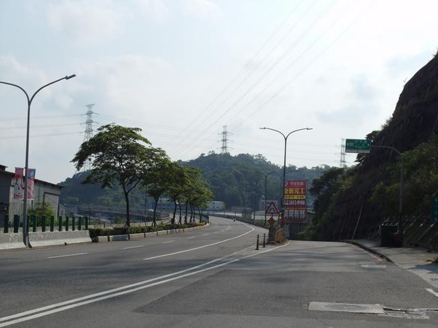 姜子寮絕壁 (4).JPG