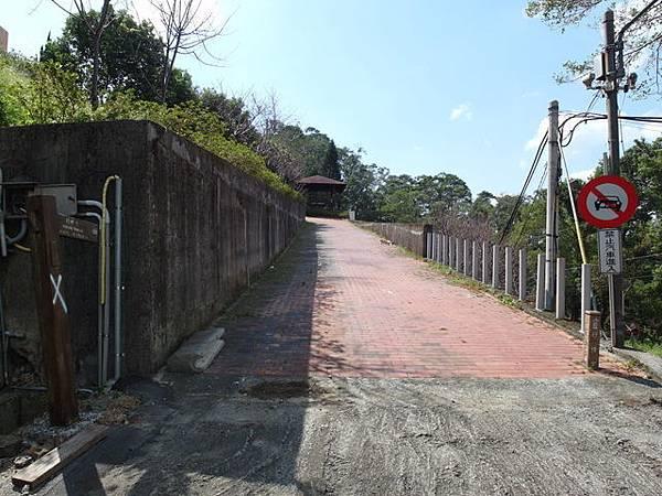 紫微聖母環山步道 (108).JPG