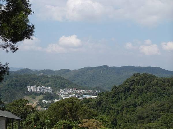 紫微聖母環山步道 (124).JPG